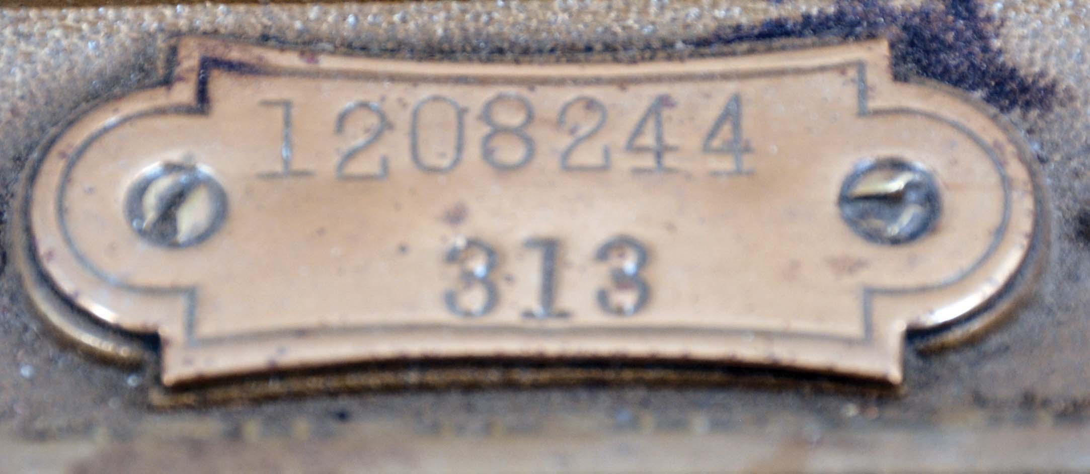 16489_09.jpg
